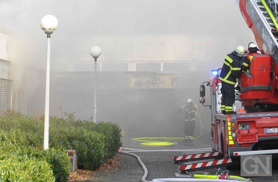 Möbel Brand Meppen feuerwehr löscht brand in lingener schulgebäude
