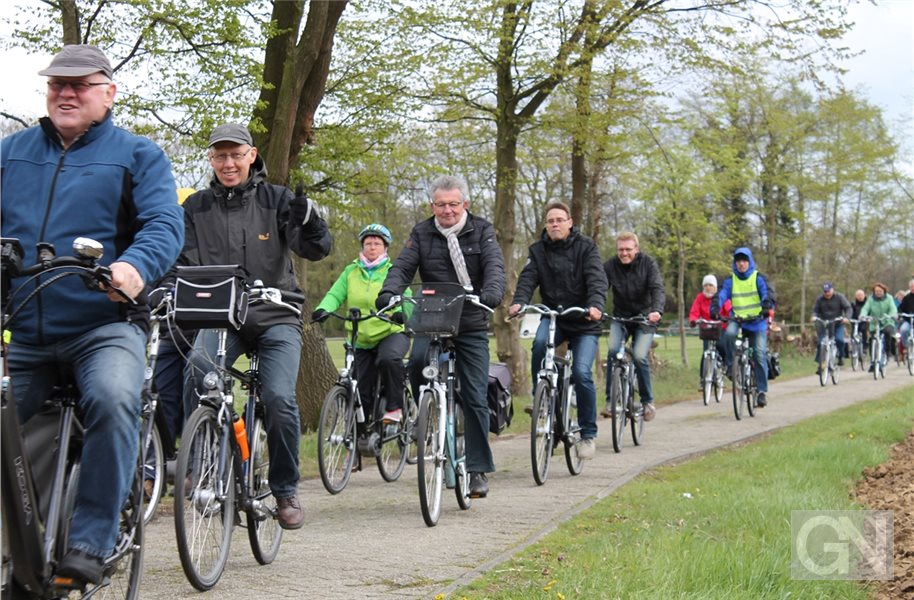 Anfietsen am 7. April: Es geht nach Veldhausen