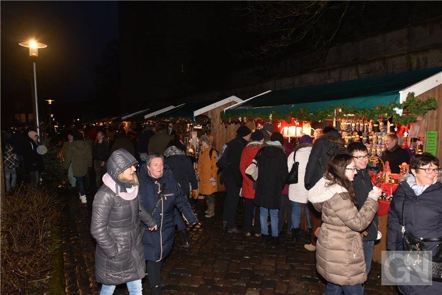 Weihnachtsmarkt Bad Bentheim.Der Nikolaus Auf Dem Bentheimer Weihnachtsmarkt