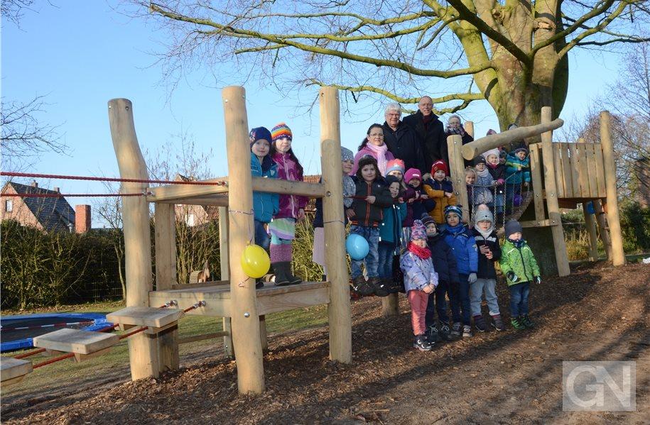 Artikel Von Klettergerüst : Quadro baby playcenter mit bogenrutsche klettergerüst kletterturm