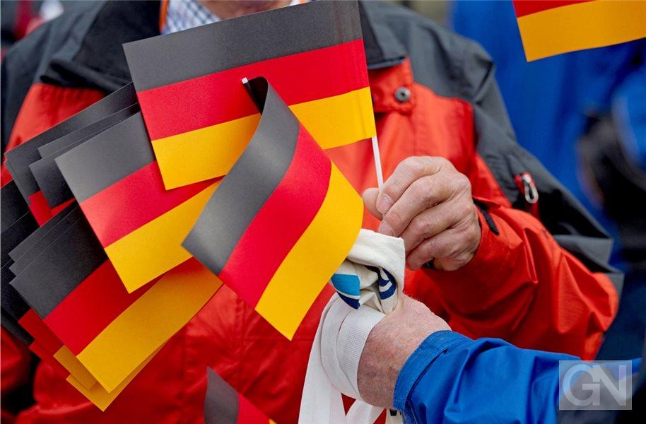 Grafschaft Zeigt Flagge Am Tag Der Deutschen Einheit