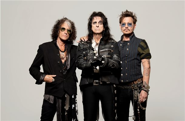 "Die ""Hollywood Vampires"" mit Alice Cooper, Johnny Depp und Joe Perry von Aerosmith treten in Lingen auf. Foto: privat"
