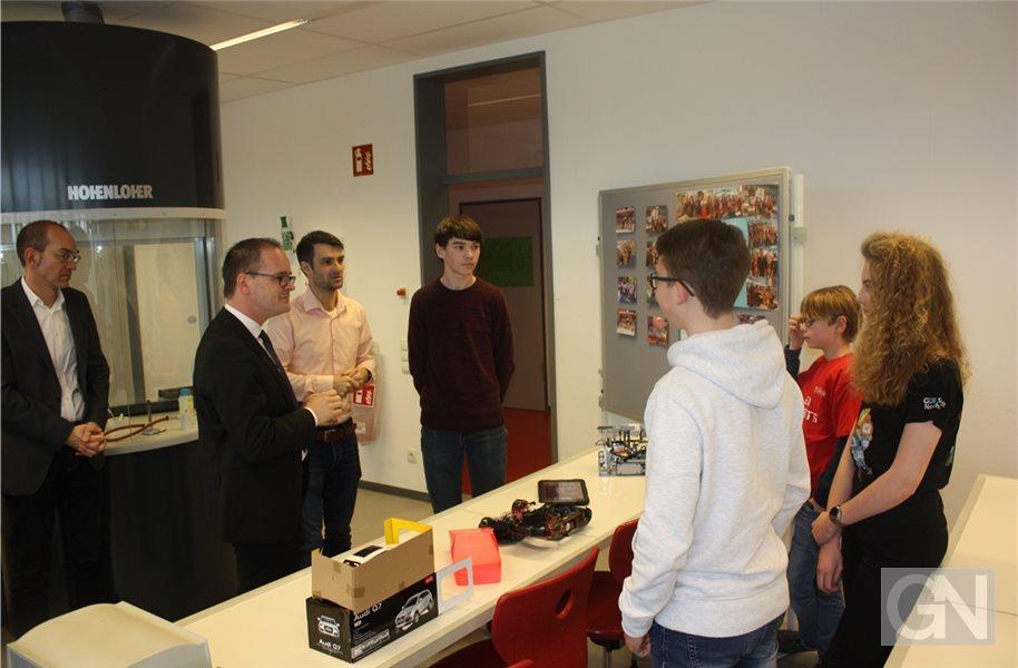 Kultusminister Grant Hendrik Tonne zu Besuch beim EGN