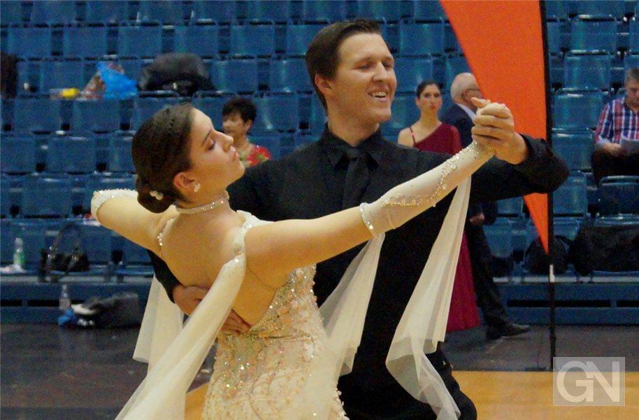 """Drei Medaillen: Junge TSG-Paare überzeugen bei """"OWL tanzt"""""""