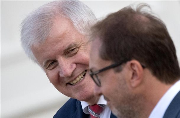 "Streit in der Union - Seehofer: ""Mutter aller Probleme"""