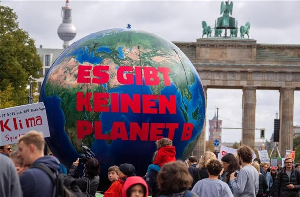 Im September 2019 demonstrierte Fridays for Future noch vor dem Brandenburger Tor. Foto: Jens Büttner/zb/dpa
