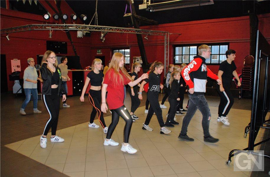 """Workshops für """"One Billion Rising"""""""