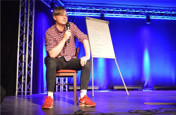 Papenburger gewinnt Wortwahl Poetry Slam in Bad Bentheim