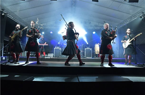 """Highland Games"": Dudelsäcke rocken bei ""Night of Kilts"""