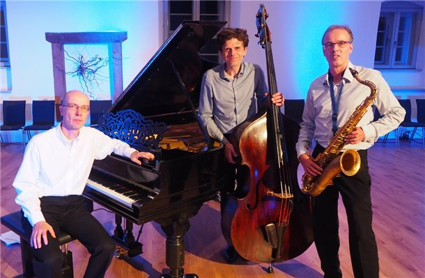 """Sounds like a Trio"" gastieren am Sonntagvormittag in Neuenhaus. Foto: privat"