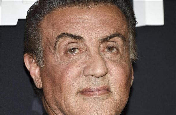 "Sylvester Stallone kommt 2019 zu einer Vorstellung des Films ""Rambo: Last Blood"" am AMC Lincoln Square in New York. Foto: Evan Agostini/Invision/AP/dpa"