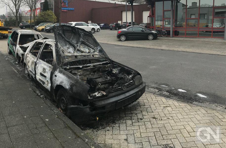 Erneut brennende Autos in Schüttorf